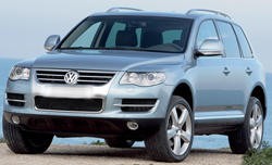 VW_Touareg_7167_outside_small.jpg