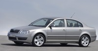 skoda_superb_outside_7981_igo_2din_big.jpg